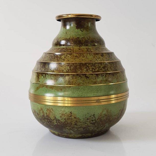 Art Deco bronze vase SV.M Handarbete