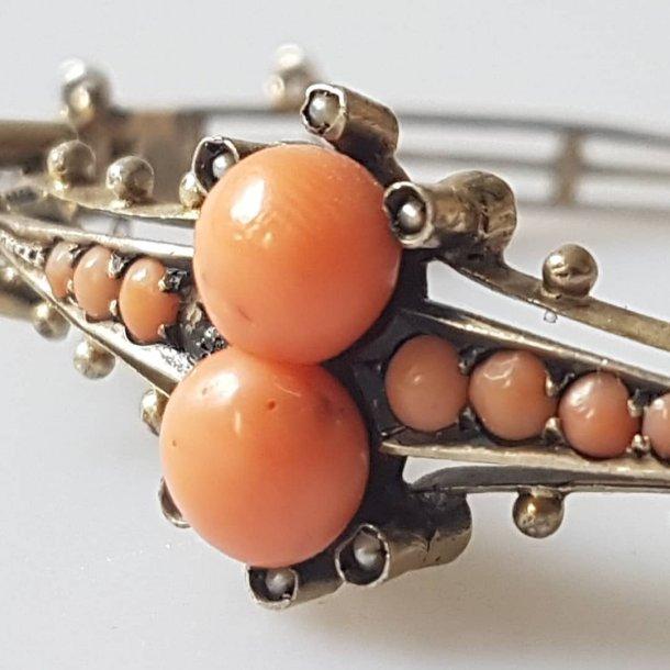 Art Deco armbånd i sølv med koral og perler